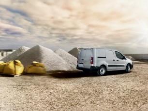بيجو  بارتنر شاحنة